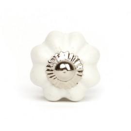 Kleiner kürbisförmiger Keramikknauf in weiß