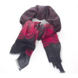 Schwarzer Damenschal mit roten Punkt- und Ornamentmuster