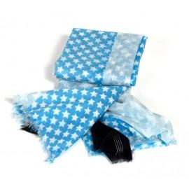 Halstuch mit Sternmuster in verschiedenen Blautönen