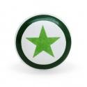 Flacher Keramikknauf mit aufgedrucktem Stern in grün