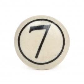 Möbelknauf im Vintage look mit Nummer 7 Aufdruck
