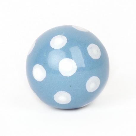 Hellblauer Möbelknauf in Ballform Polka Dot hellblau mit weißen Punkten
