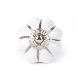 Großer sternförmiger Möbelknauf in einfarbig weiß mit silber Strichen